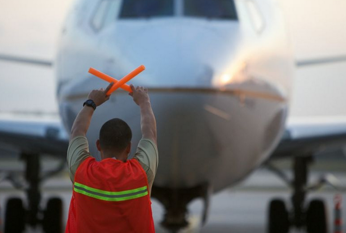 Your Airline Travel Would Be Way Safer If Companies Paid Their Employees A Living Wage